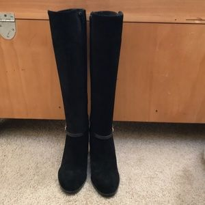 Banana Republic SZ 7, suede knee high heeled boots